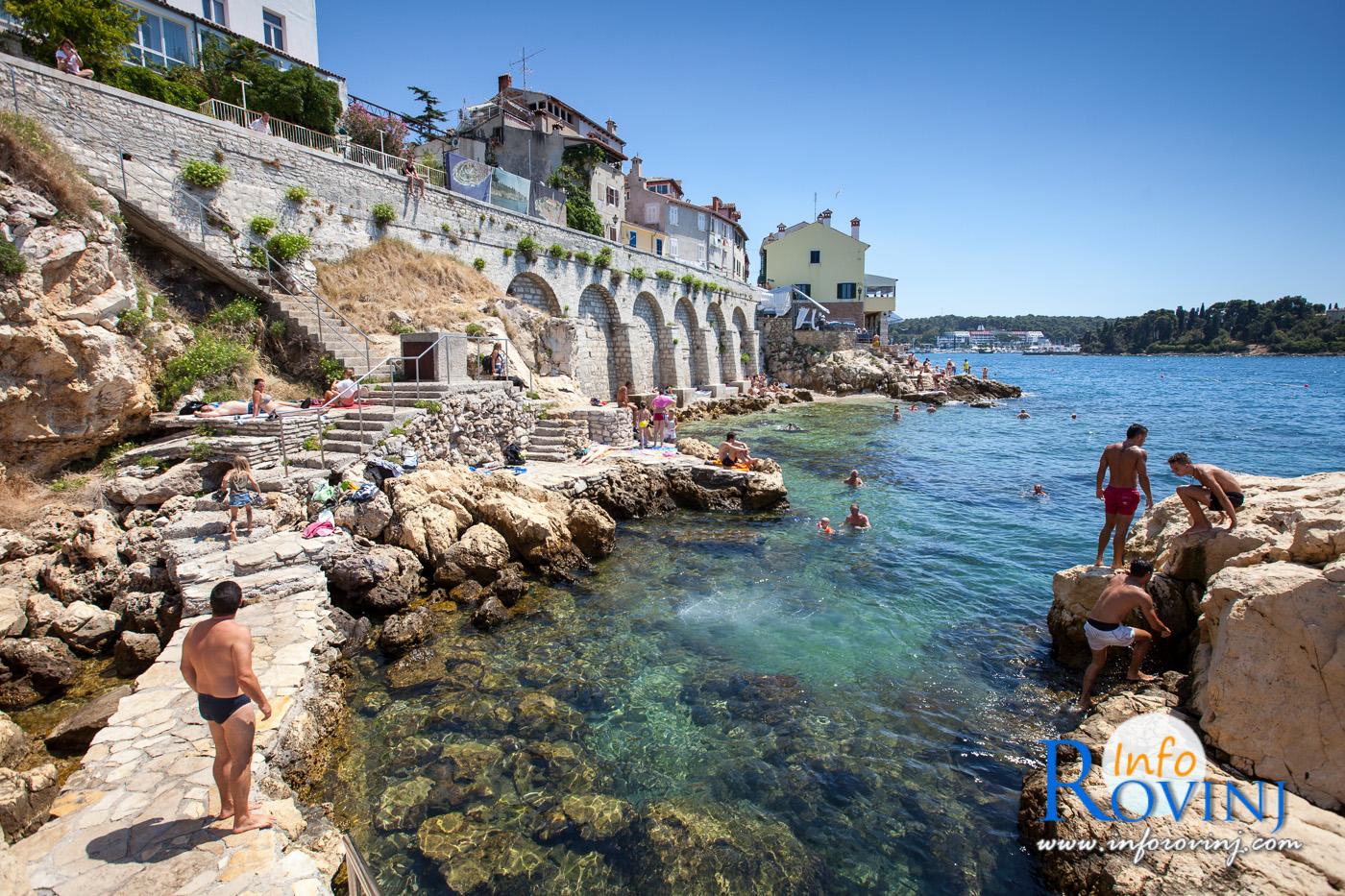 Foto galleria spiagge a rovigno for Alberghi rovigno croazia