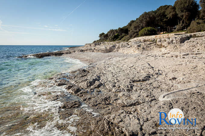Beaches in Rovinj: Tourist settlemet Amarin