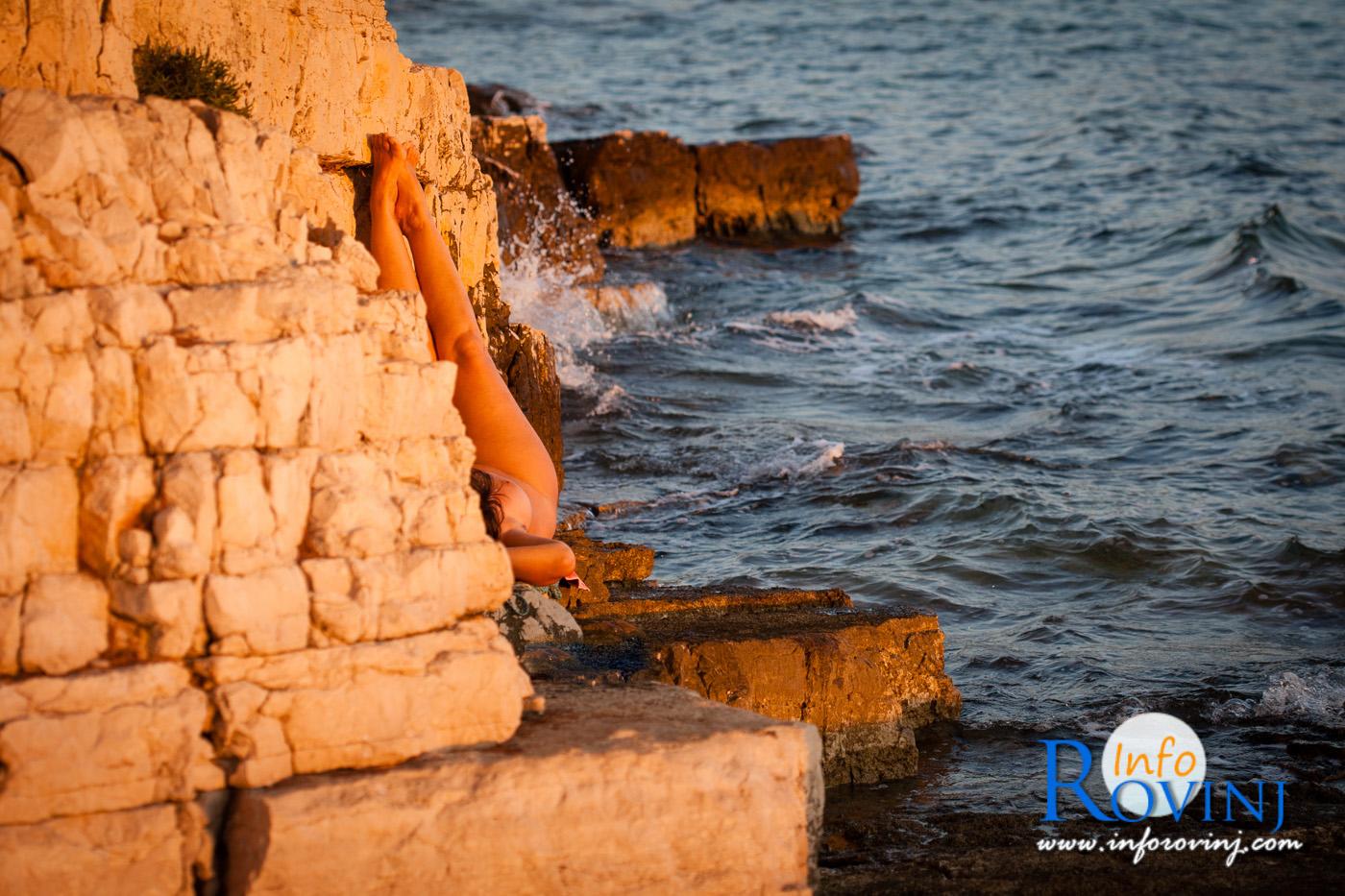 il nudismo sulle spiagge di Rovigno