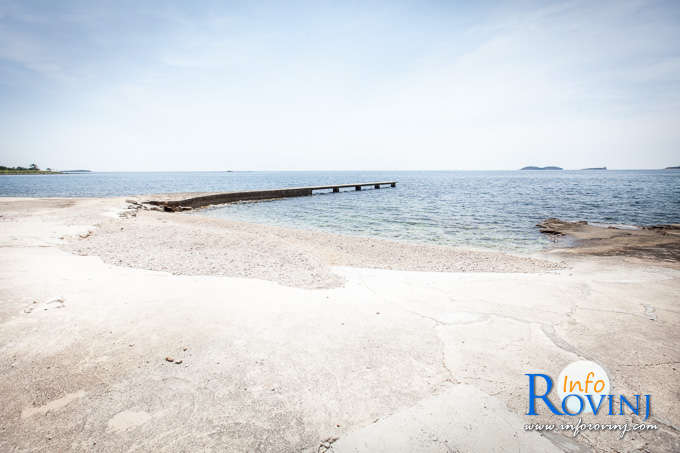 Beaches in Rovinj: Tourist settlemet Villas Rubin